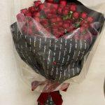 赤い薔薇50本の花束